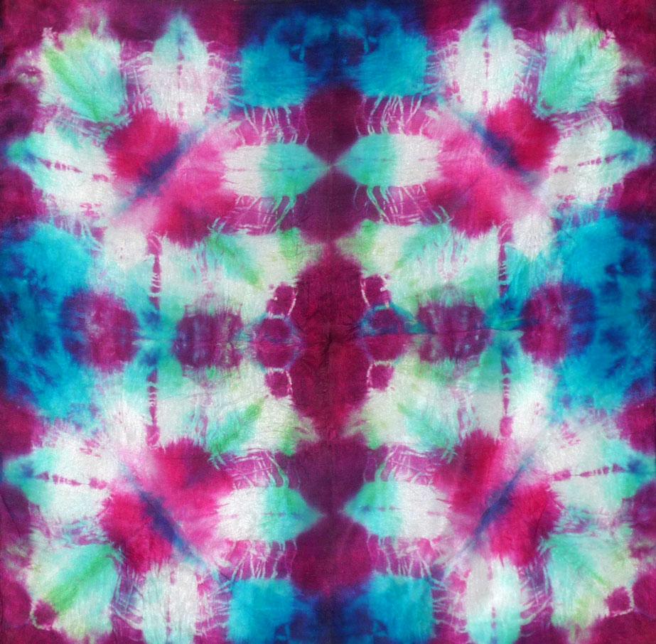 Cours de teinture de soie pur art textile à la micro-onde
